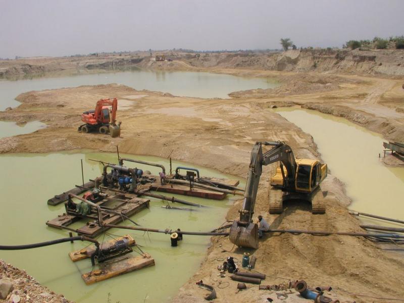 Bo Phloi (Kanchanaburi) Thailand  City pictures : Gem mines, Bo Phloi, Kanchanaburi Province, Thailand